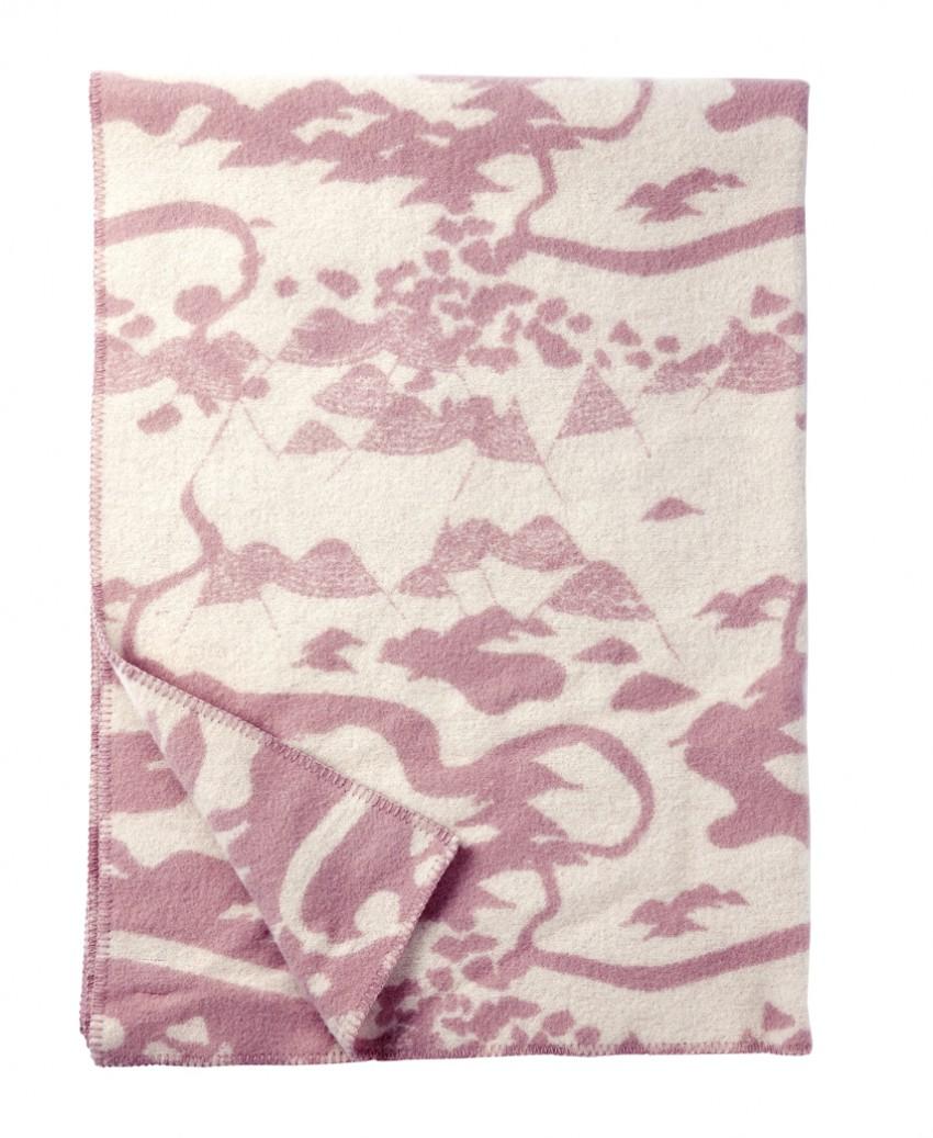 Mountains pale pink Smalandsskog Tina Backman Klippan